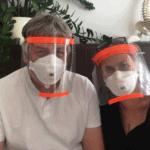 Herr und Frau Dr. Url informieren über den Lockdown 2