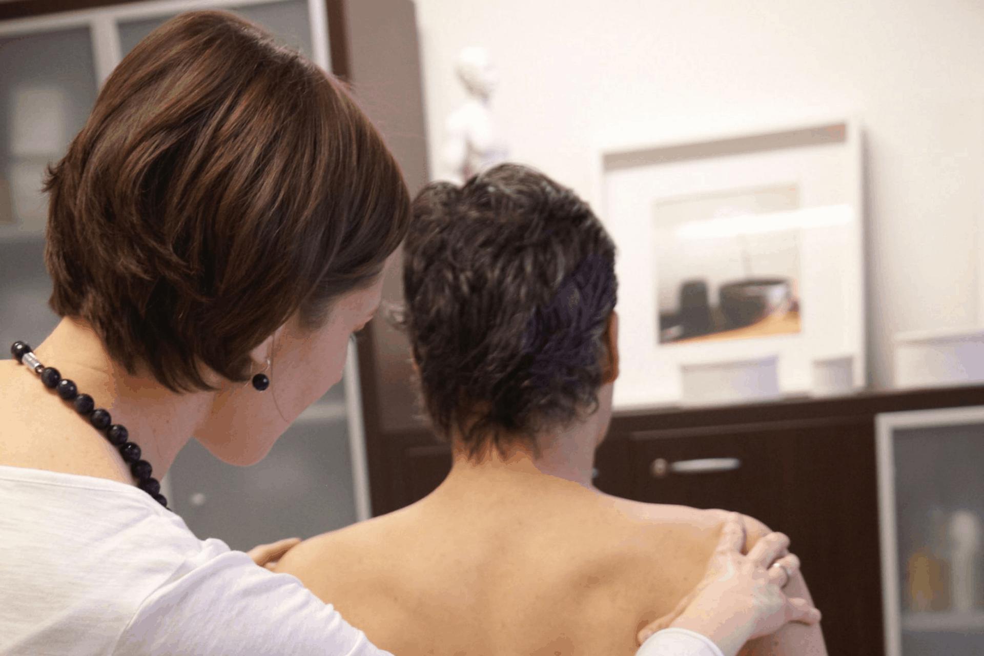 Rückenschmerz Ordination Dr. Url_Johanna Ortner